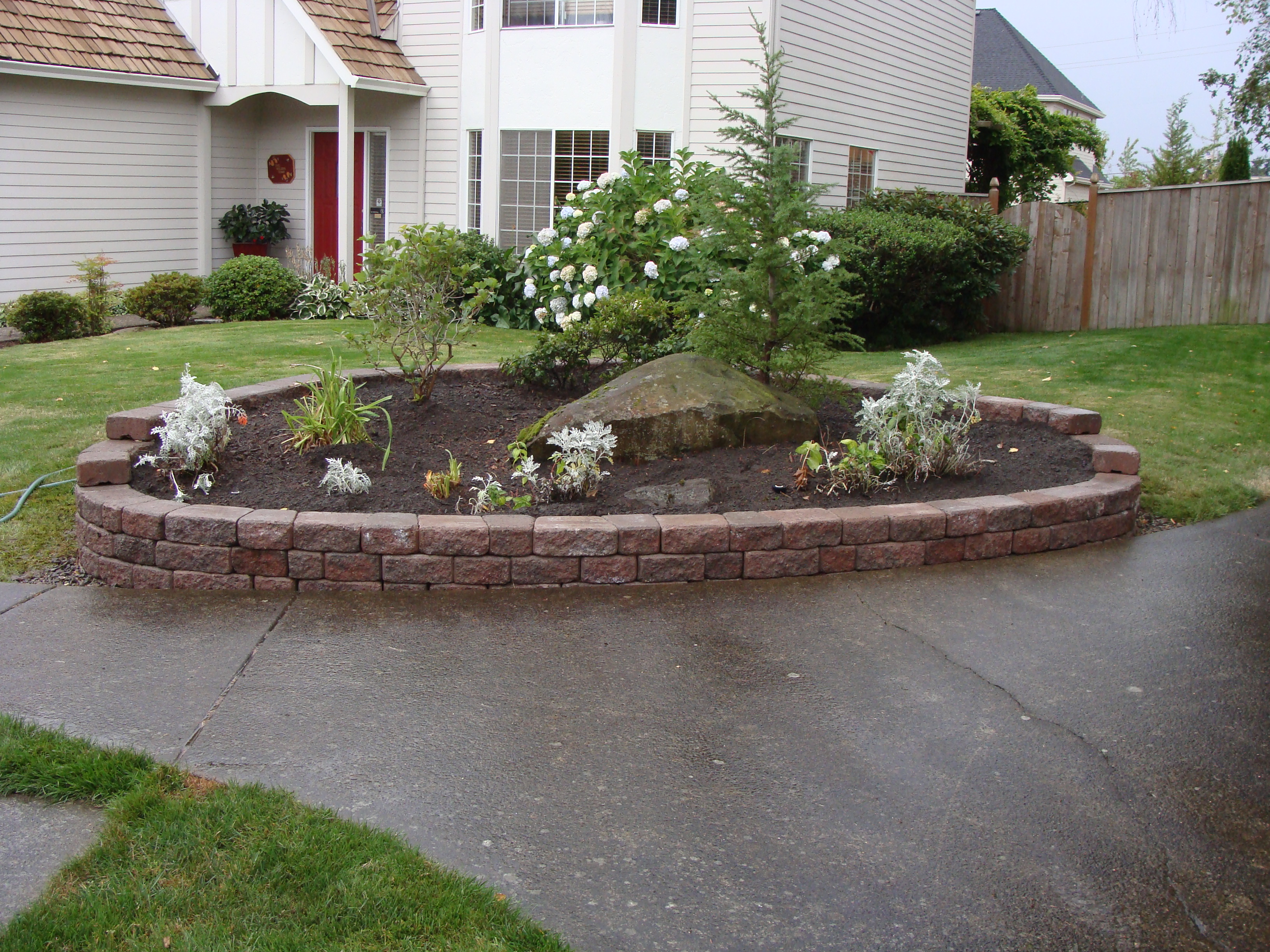 Quality tree service landscape maintenance llc for Tree and garden services