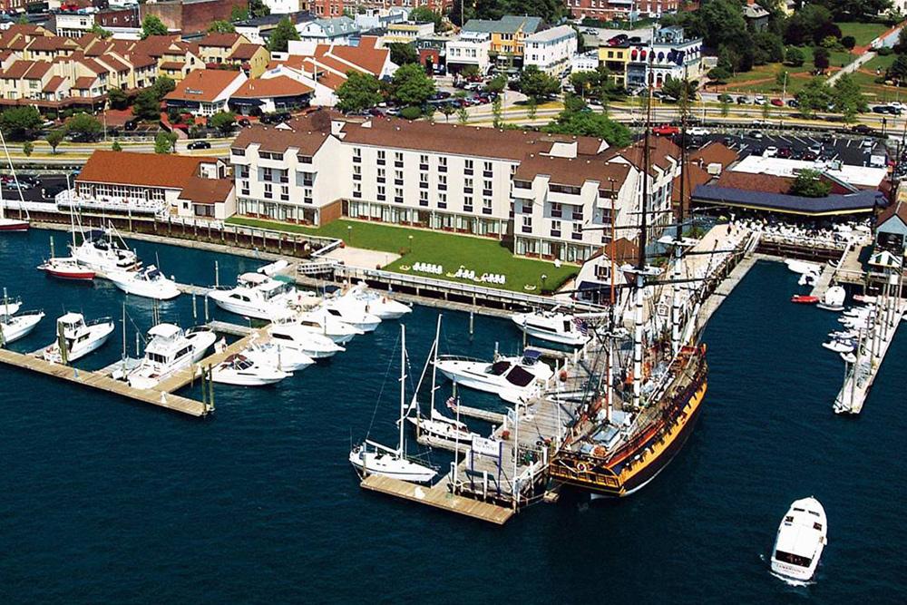 Newport Harbor Rhode Island Hotels