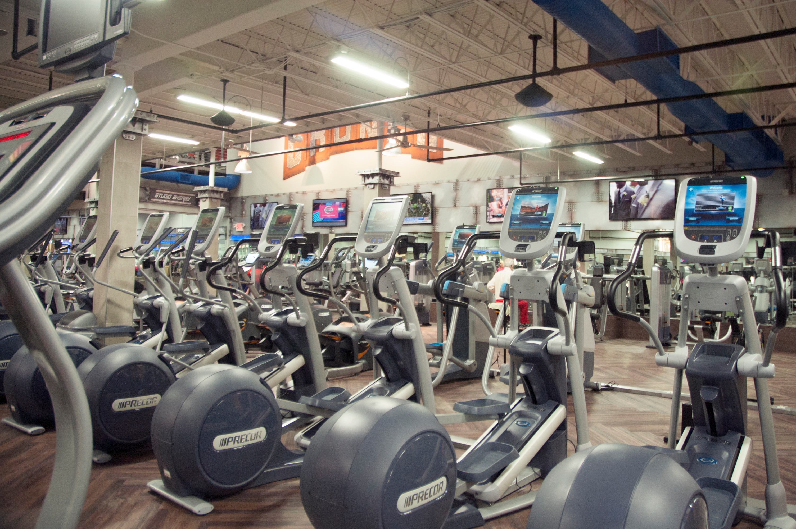 Crunch fitness tysons corner coupons near me in vienna