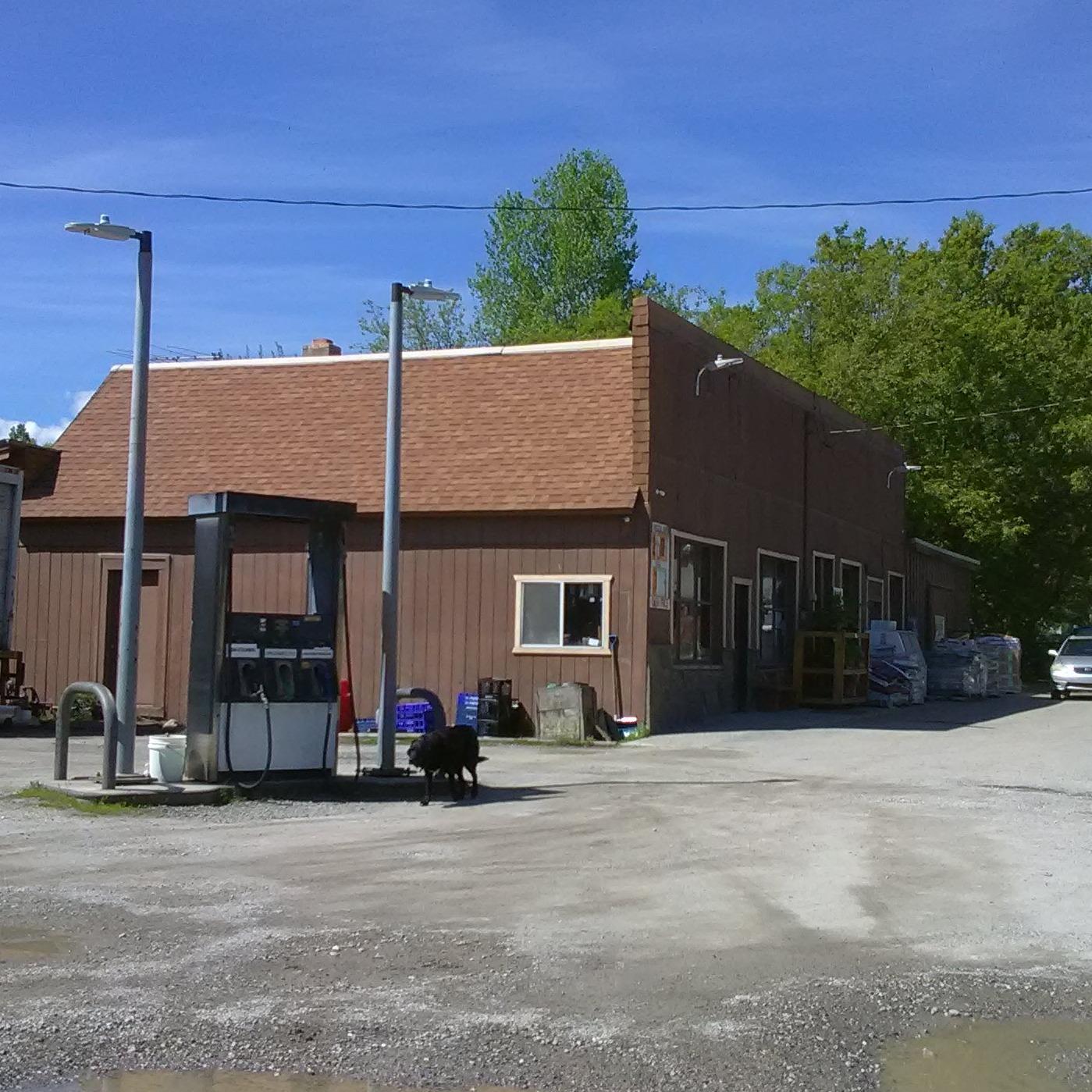 Bluecreek Store & Garage