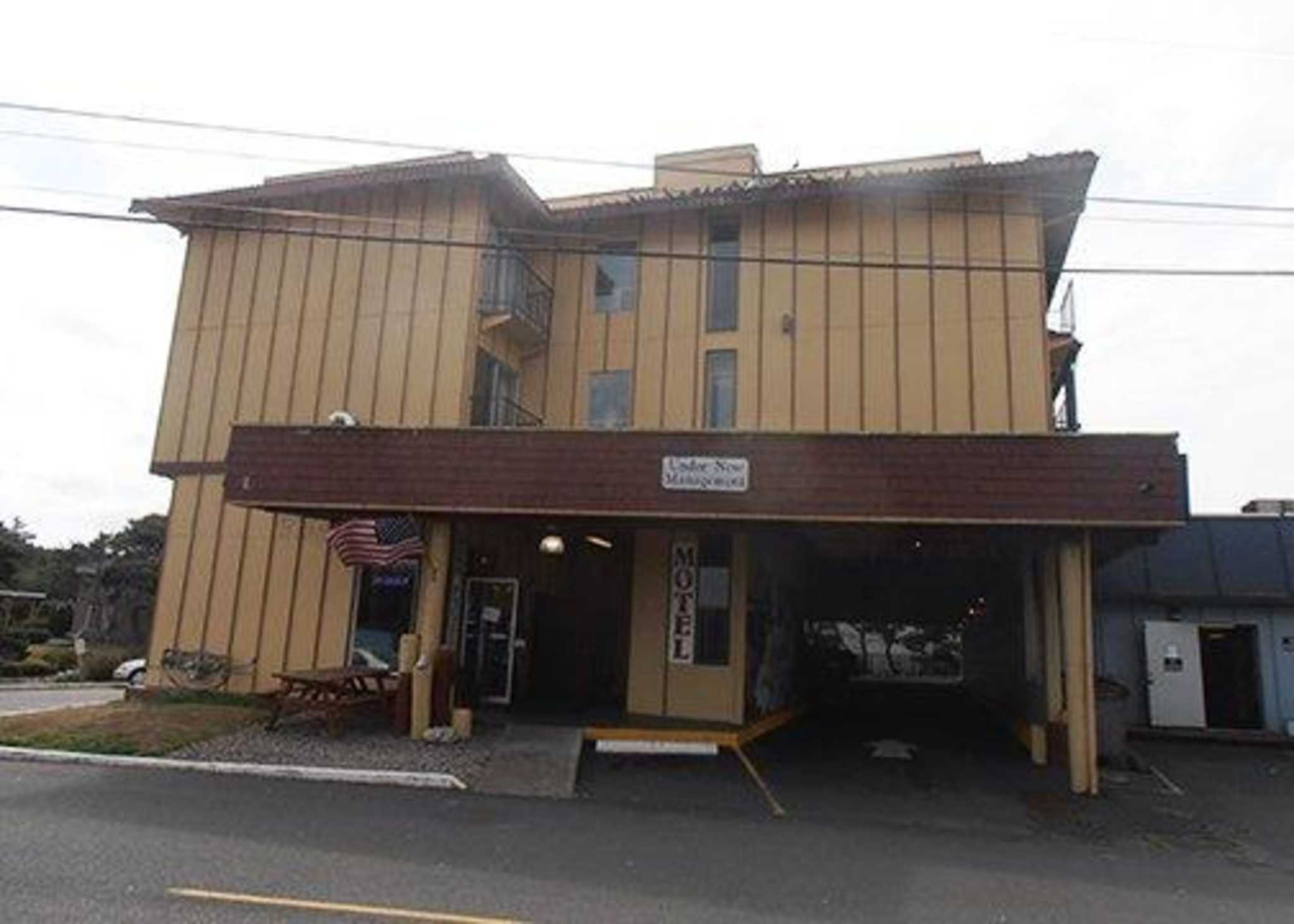 Rodeway Inn Amp Suites In Lincoln City Or 97367