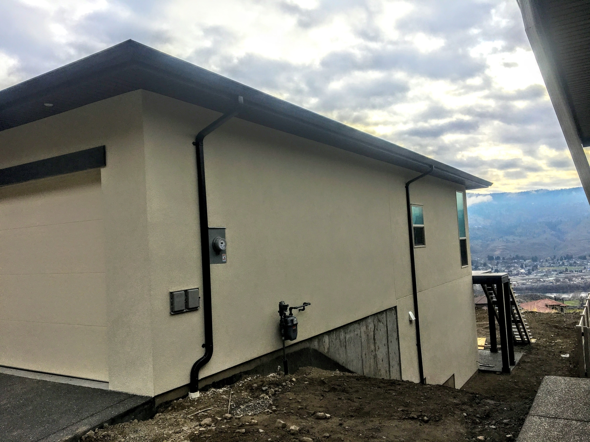 N & H Contracting Ltd in Kamloops