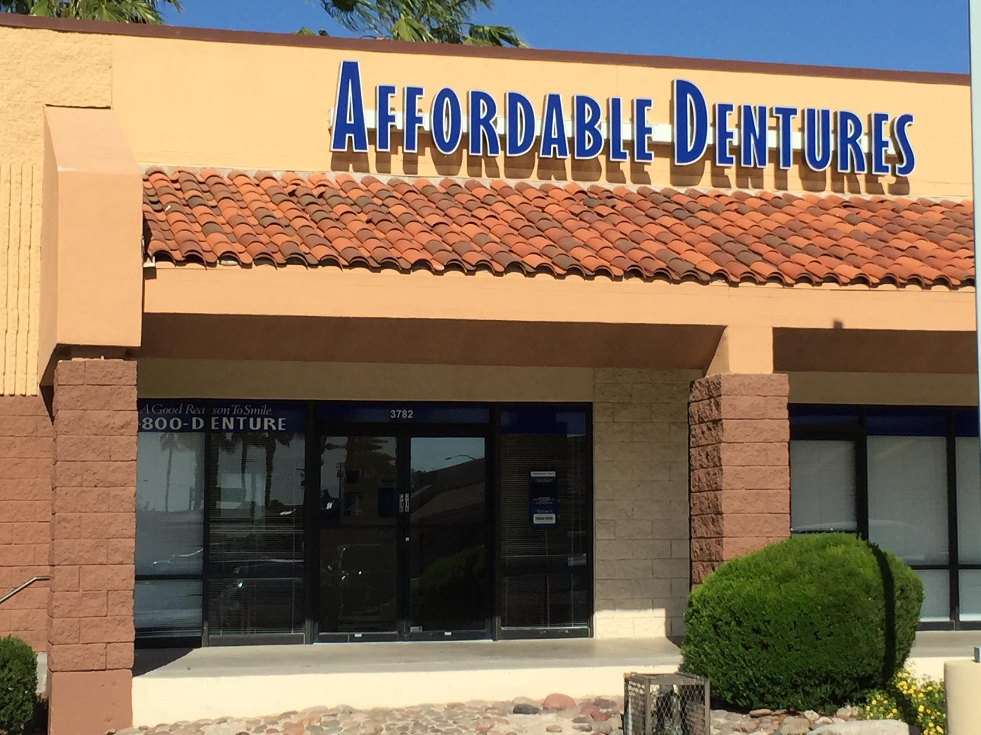Dental Implants Periodontist in AZ Tucson 85713 Affordable Dentures & Implants 3782 South 16th Avenue  (520)375-9626