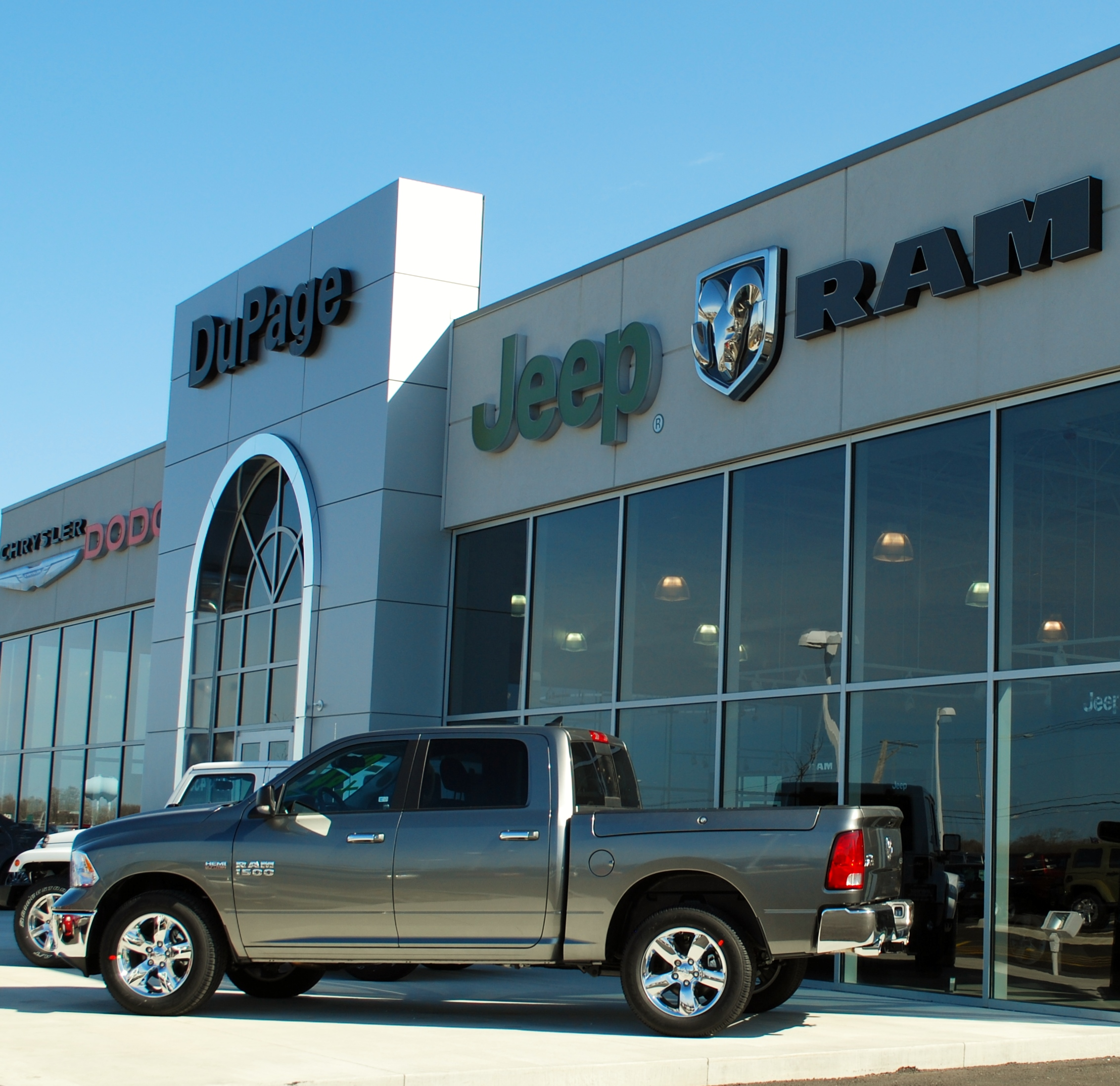 Dupage Dodge Chrysler Jeep In Glendale Heights, IL 60139