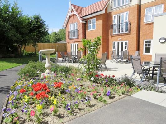 Hale Court Hale Court Royal Tunbridge Wells 01892 324061