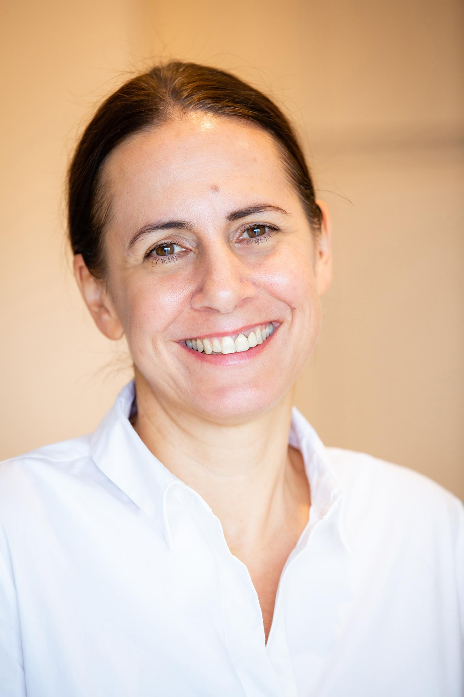Dr. Claudia Oesterreicher