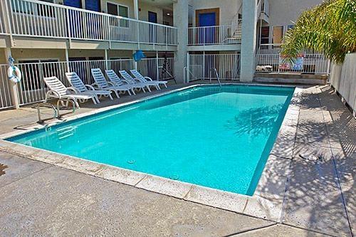 motel 6 newport beach in costa mesa ca 92627. Black Bedroom Furniture Sets. Home Design Ideas