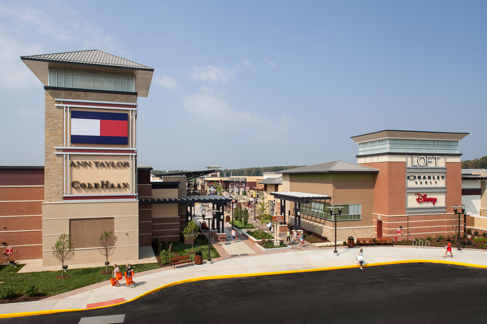 St. Louis Premium Outlets Map map and store listings (Chesterfield, MO ).