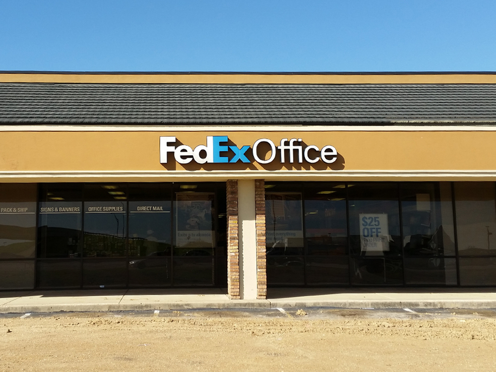Fedex Office Print Amp Ship Center Irving Texas Tx