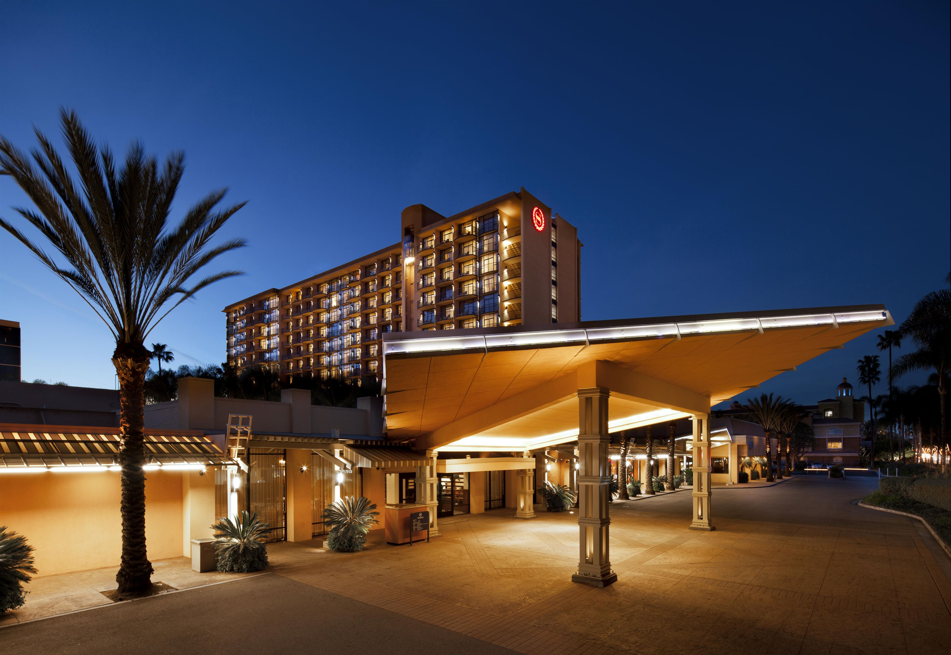 Hotels Near LAX | Four Points by Sheraton Los Angeles Airport