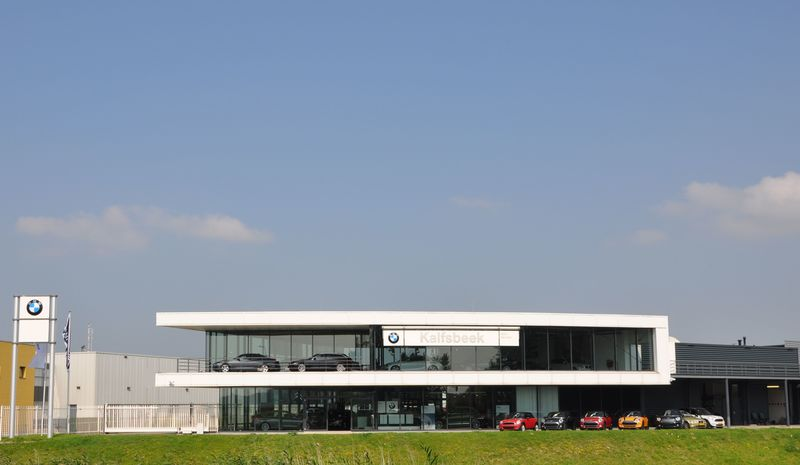 Foto's BMW en MINI Dealer Kalfsbeek