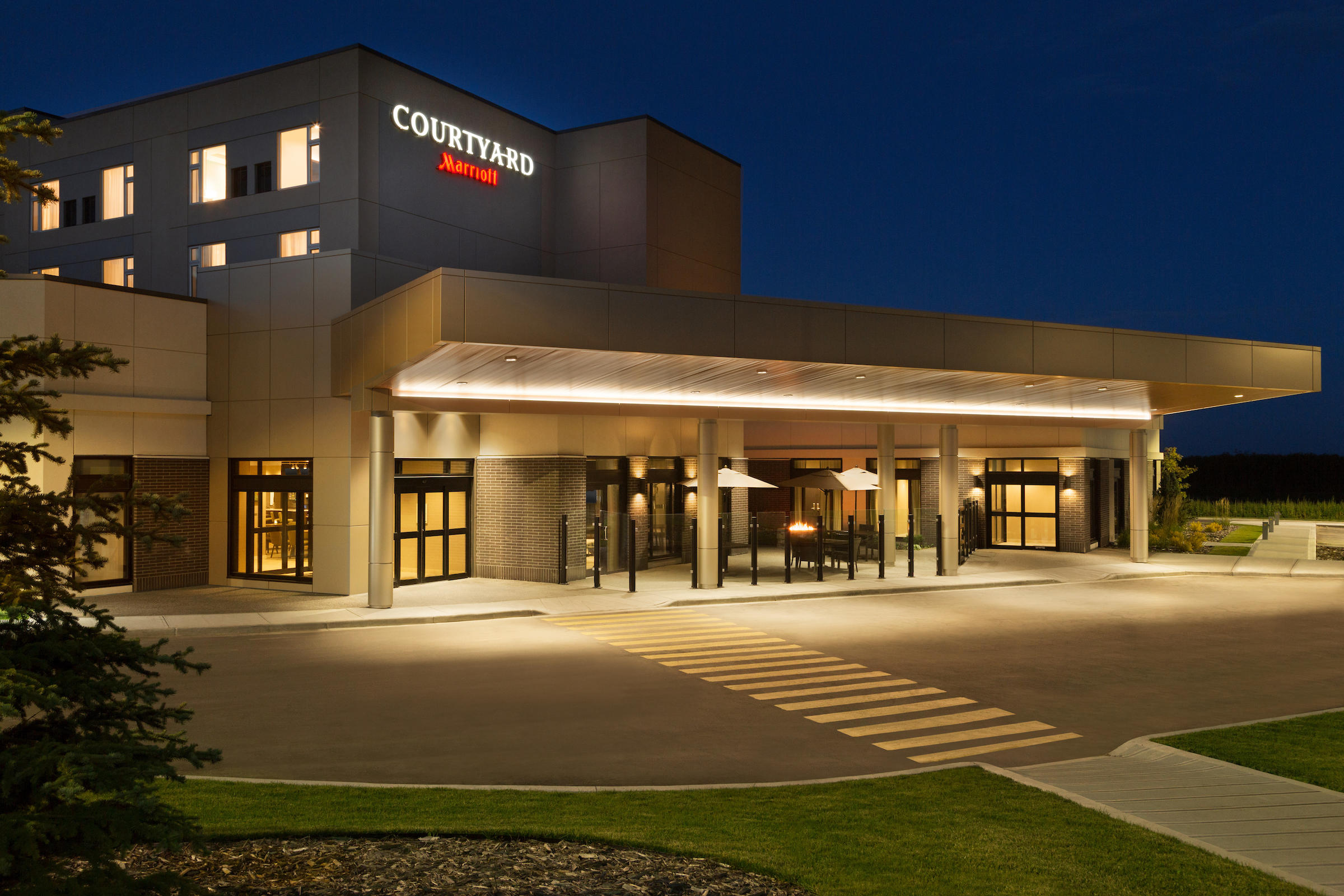Exterior - Night Courtyard by Marriott Cold Lake Cold Lake (780)594-0989