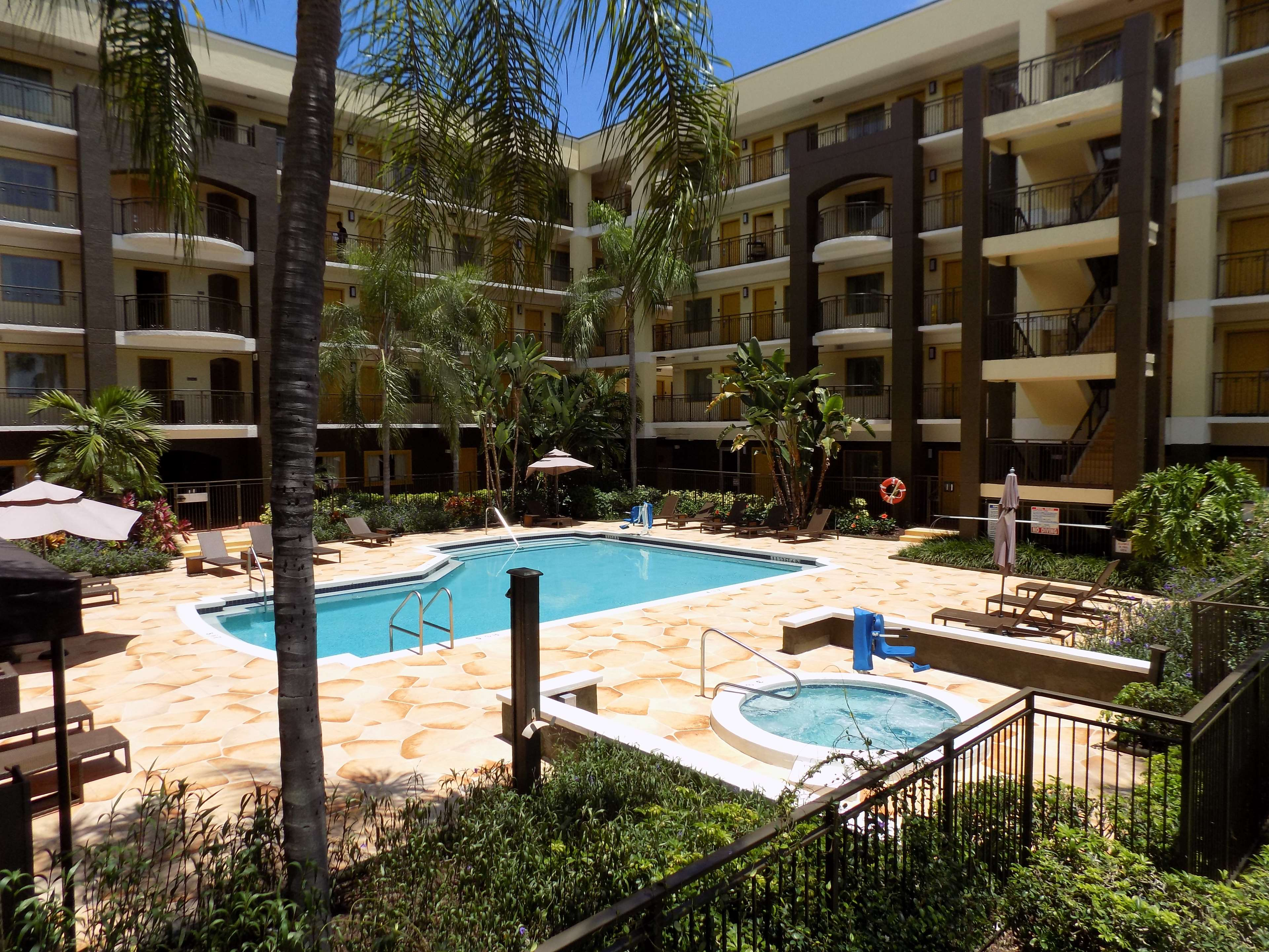 best western plus deerfield beach hotel suites. Black Bedroom Furniture Sets. Home Design Ideas