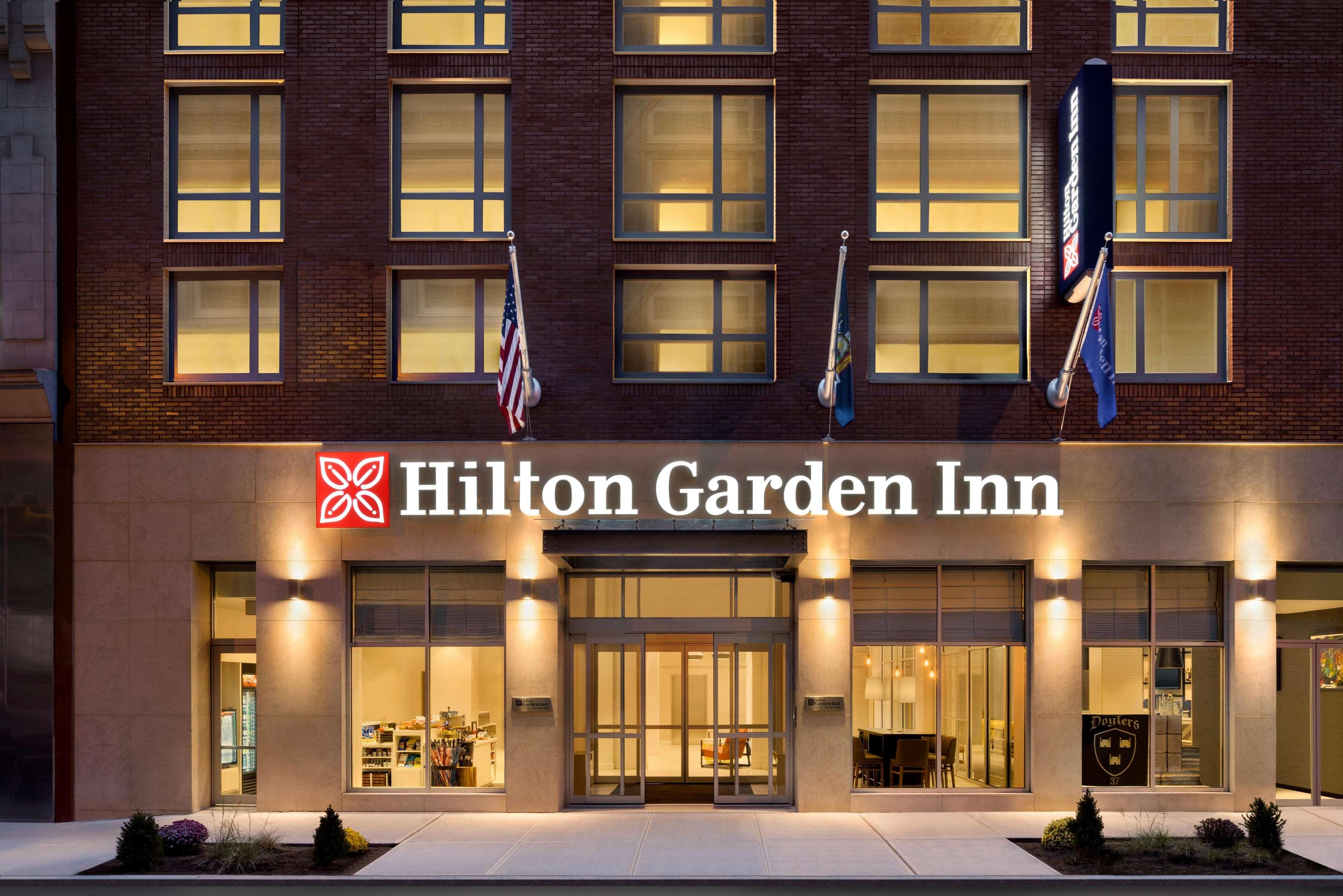 Hilton Garden Inn New York Times Square South - New York City, NY