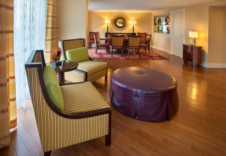 Marriott Norfolk Waterside Room Service