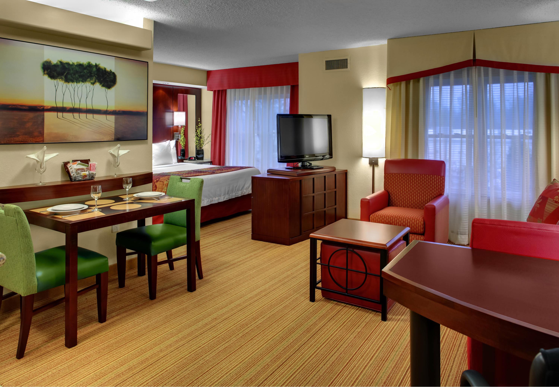 Residence inn by marriott richmond chester in chester va 23836 for 2 bedroom hotel suites in richmond va