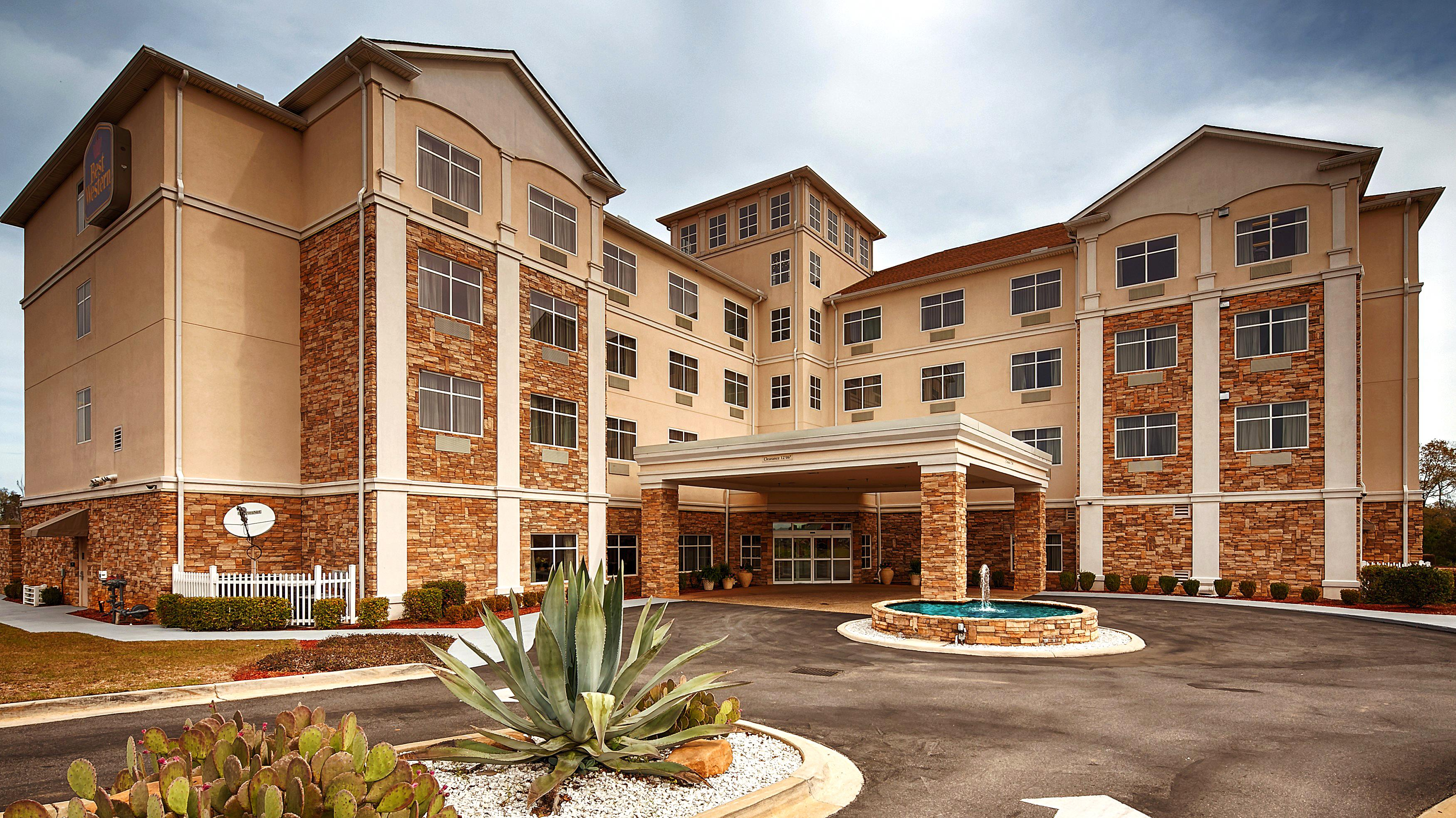 Best Western Rose City Conference Center Inn In