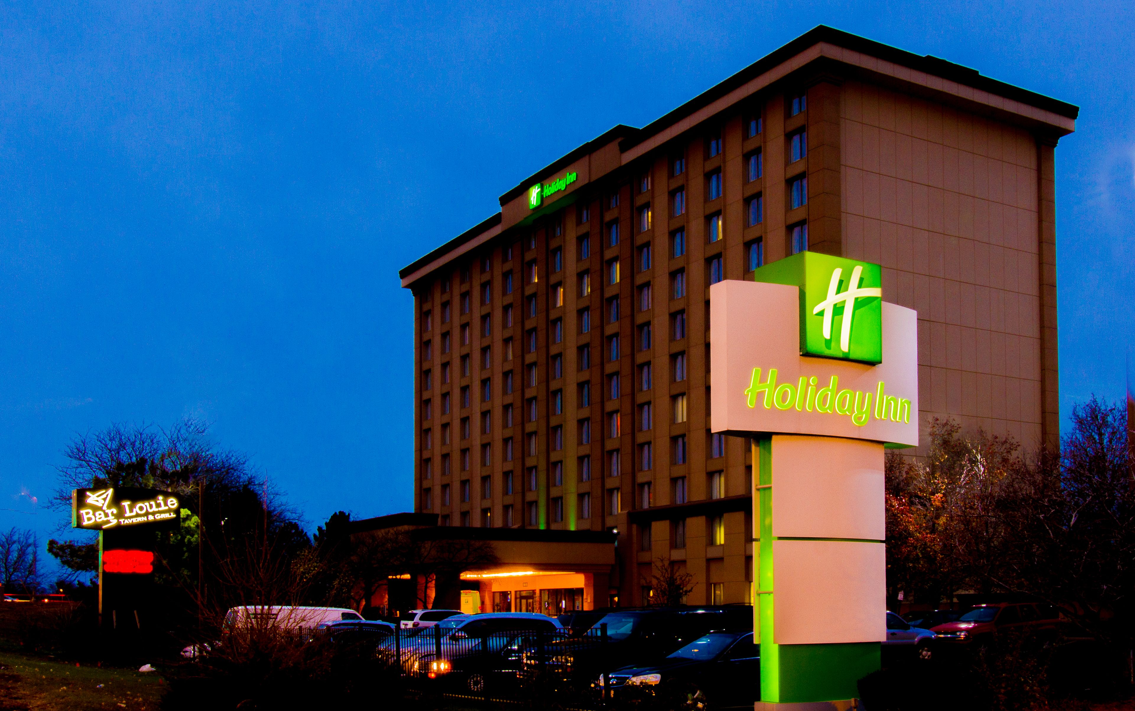 Holiday inn chicago oakbrook coupons oakbrook terrace il for 17 w 350 22nd street oakbrook terrace il 60181