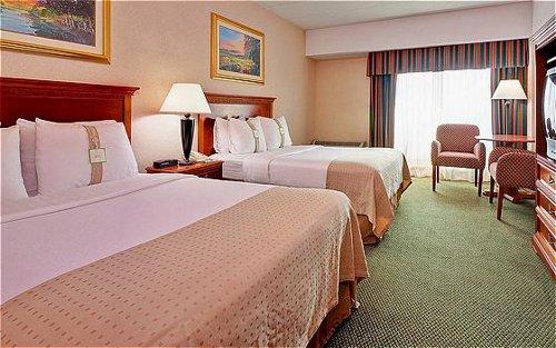 Holiday Inn Mount Vernon - ad image