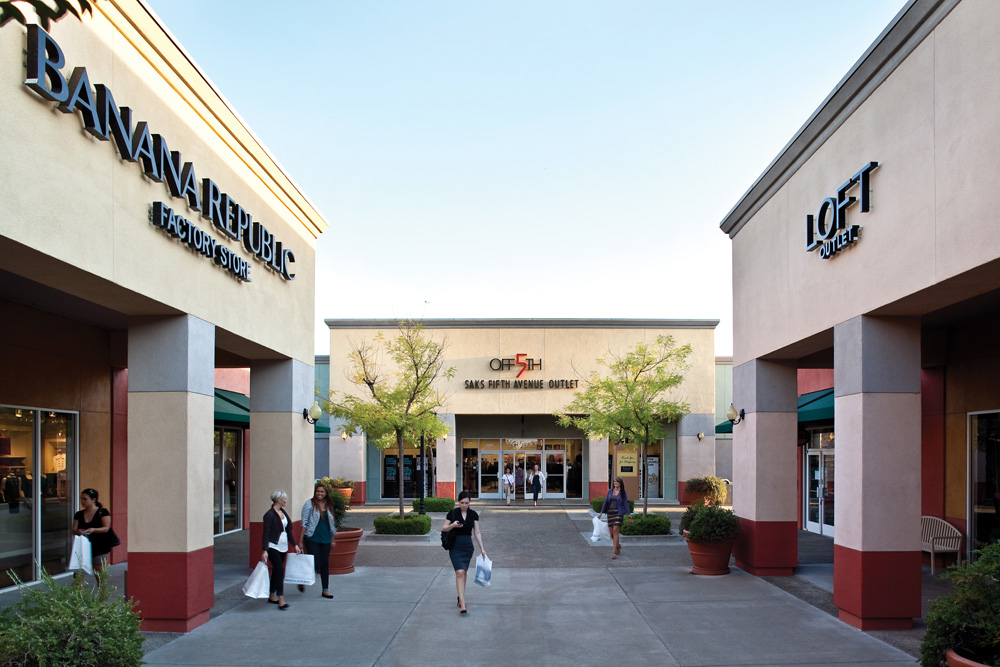 Folsom Premium Outlets is an outlet center located in Folsom, California. The center is owned by Premium Outlets, a subsidiary of Simon Property Group, and takes its name from the town in which it /5(29).