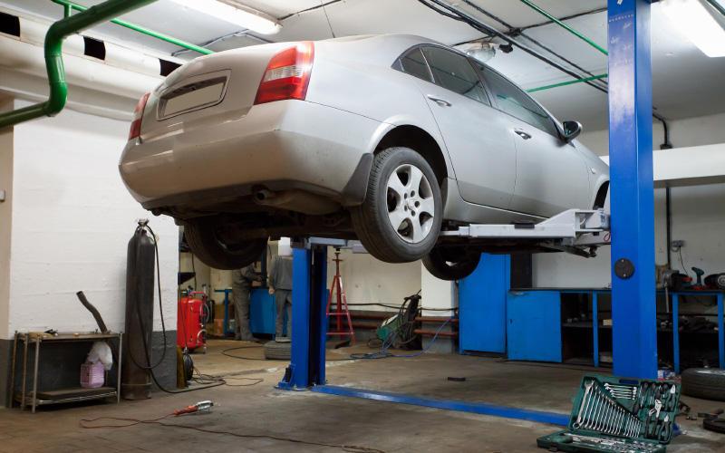 Hertz Rent a Car Location - Highland, Indiana - CHI