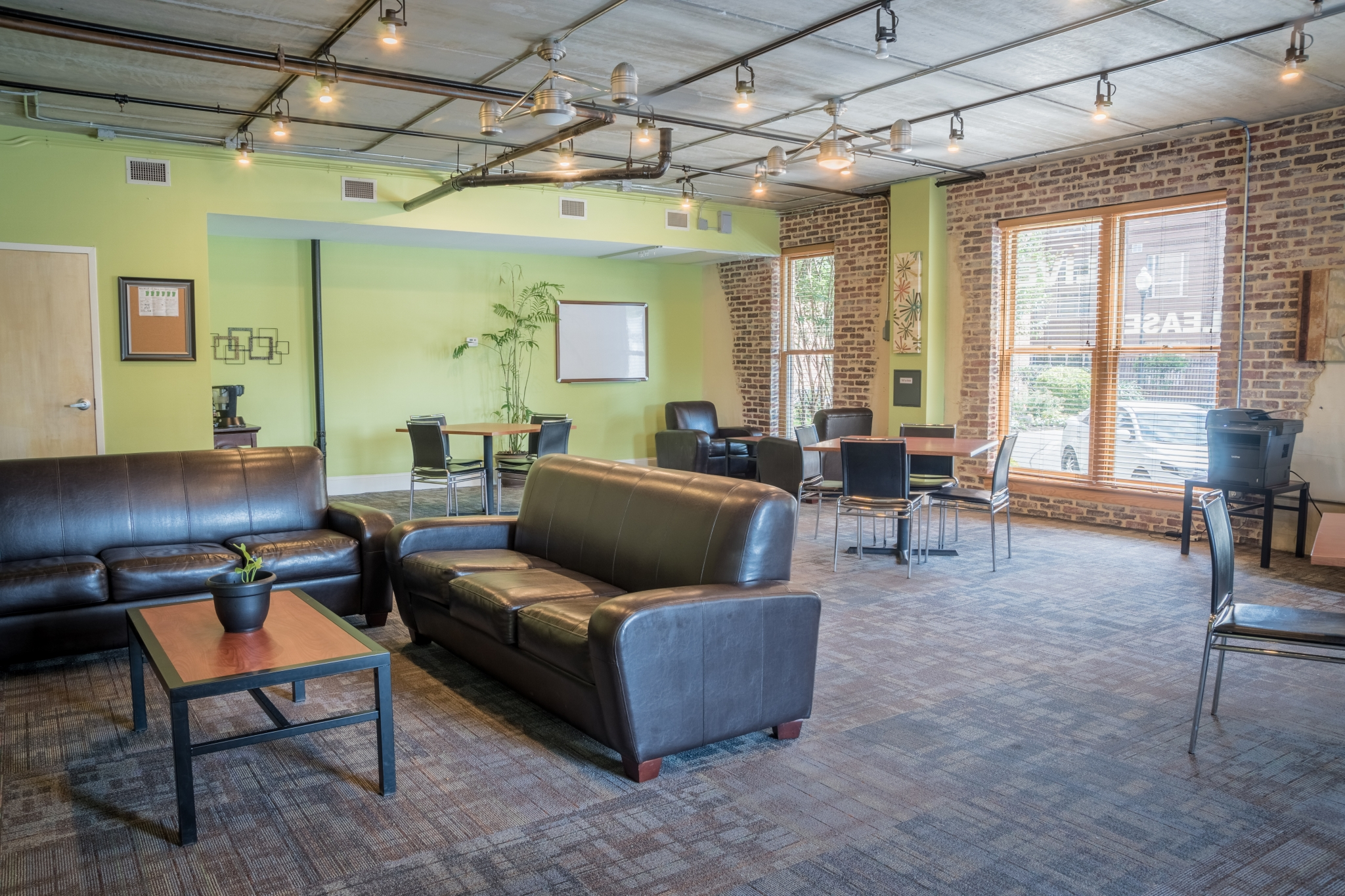 The warehouse apartments in chapel hill nc 27516 - The apartment in the warehouse ...
