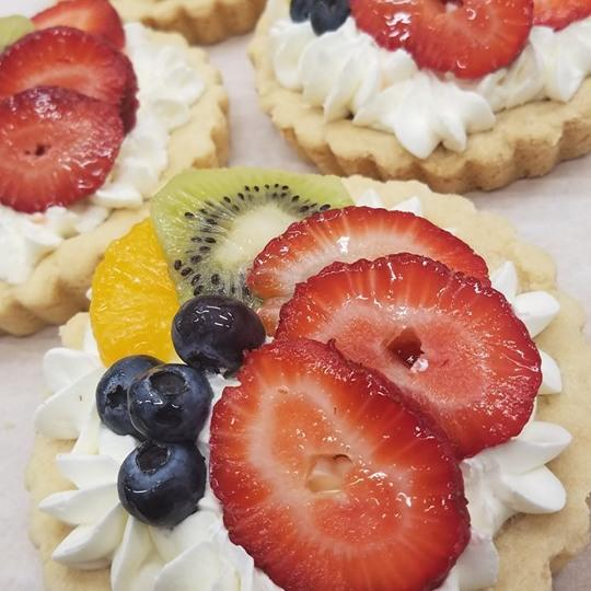 Fresh Fruit Tarts Sweet Indulgence Curbside Depew (716)444-8802