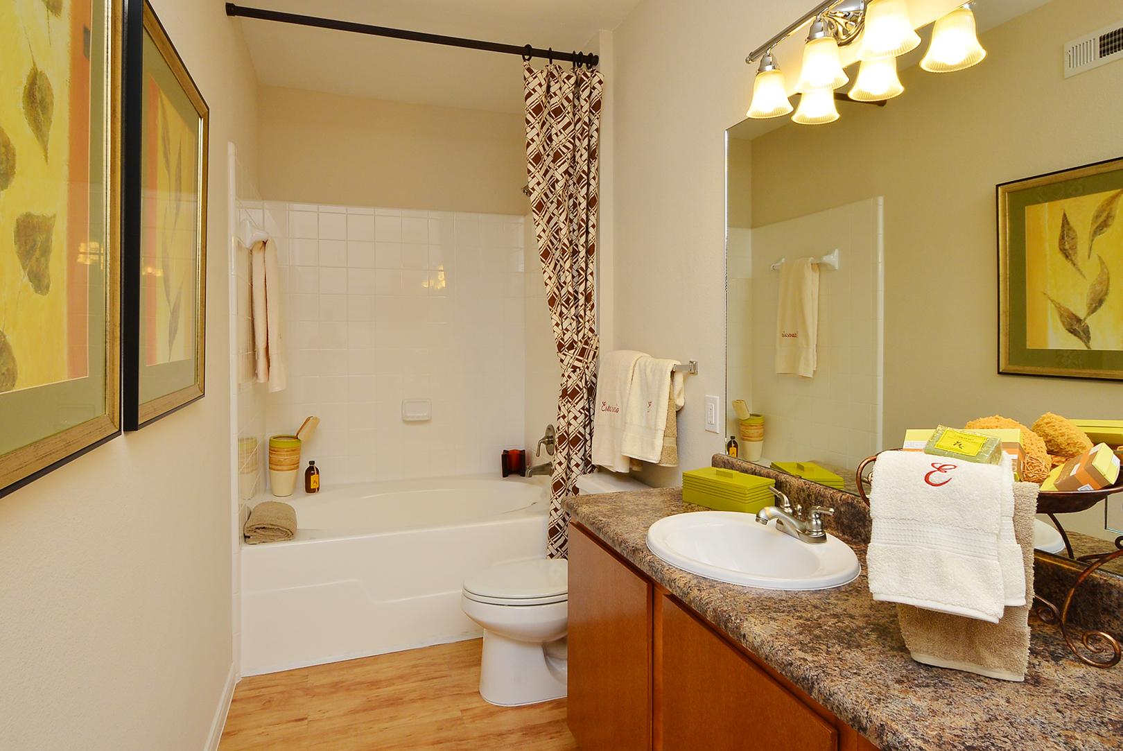 Estancia San Miguel Apartments In Houston Tx 77041