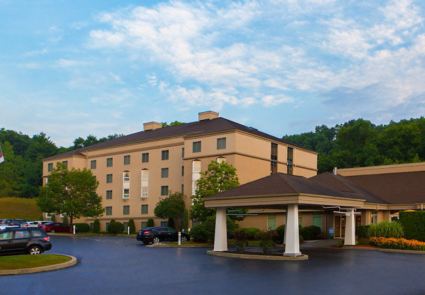 Hotels Near Penfield Ny