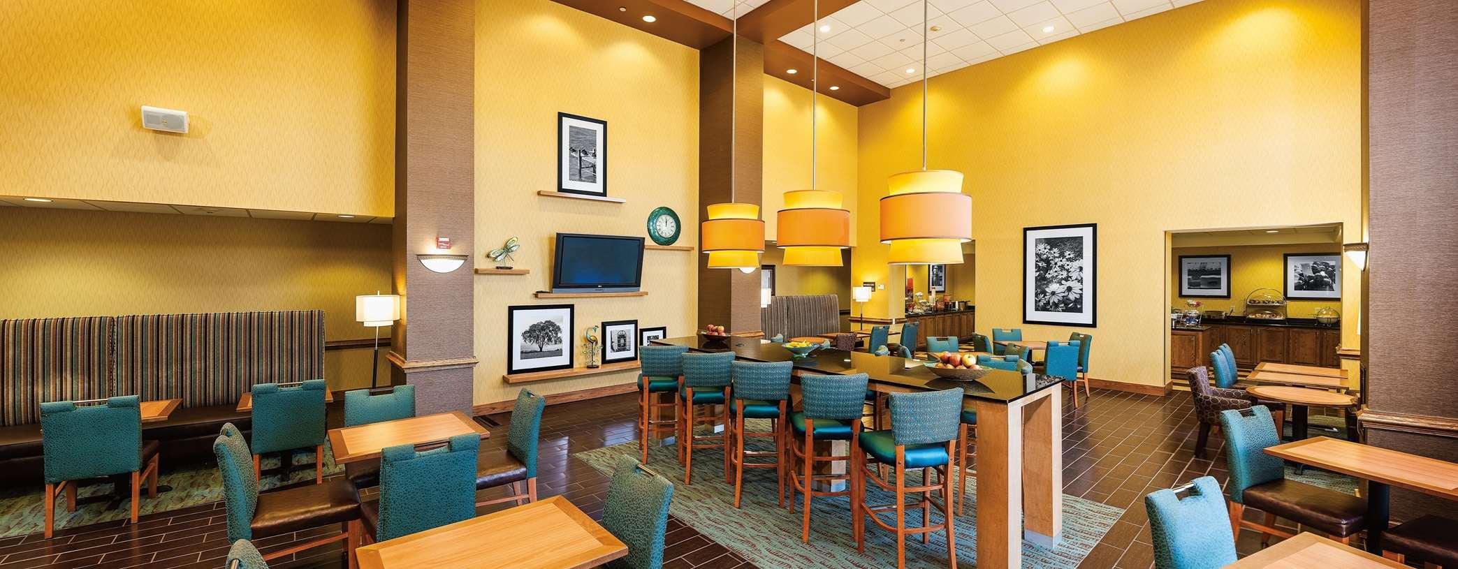 Hotels Near Chesapeake Square Mall