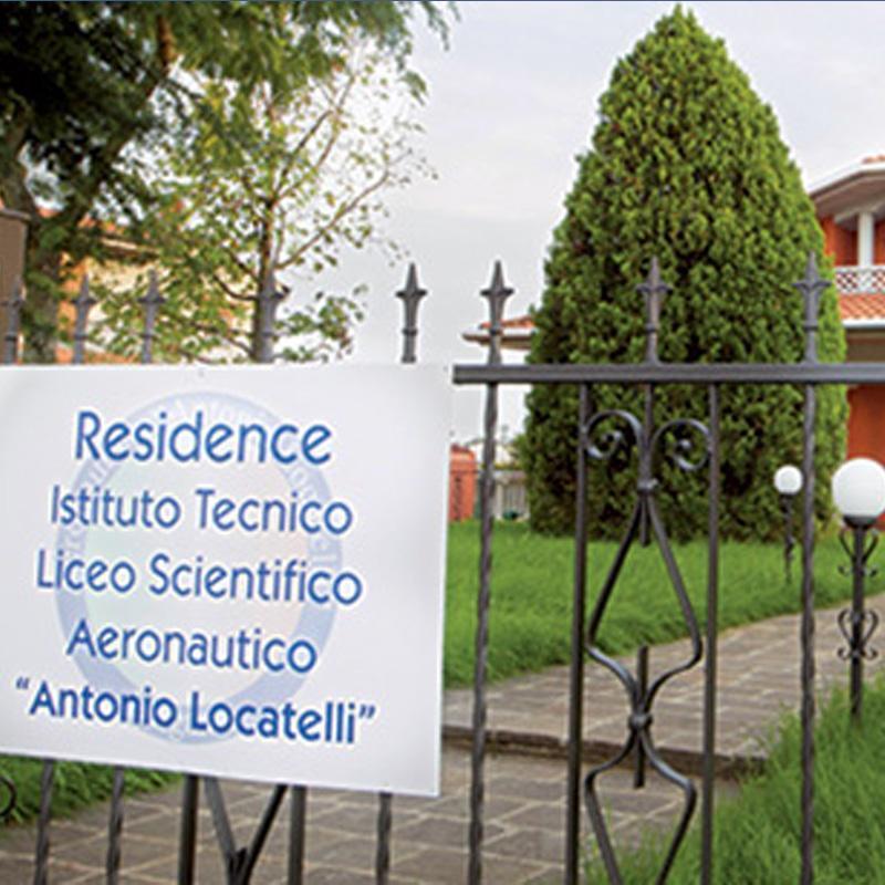 Istituto e Liceo Scientifico Aeronautico Locatelli