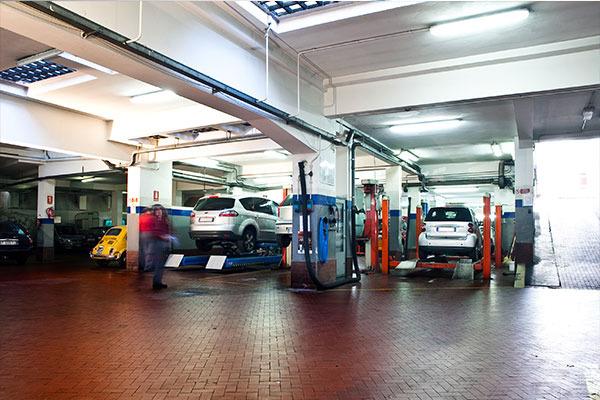 Garage la querce meccanici per auto firenze italia for Garage per auto modulari 3