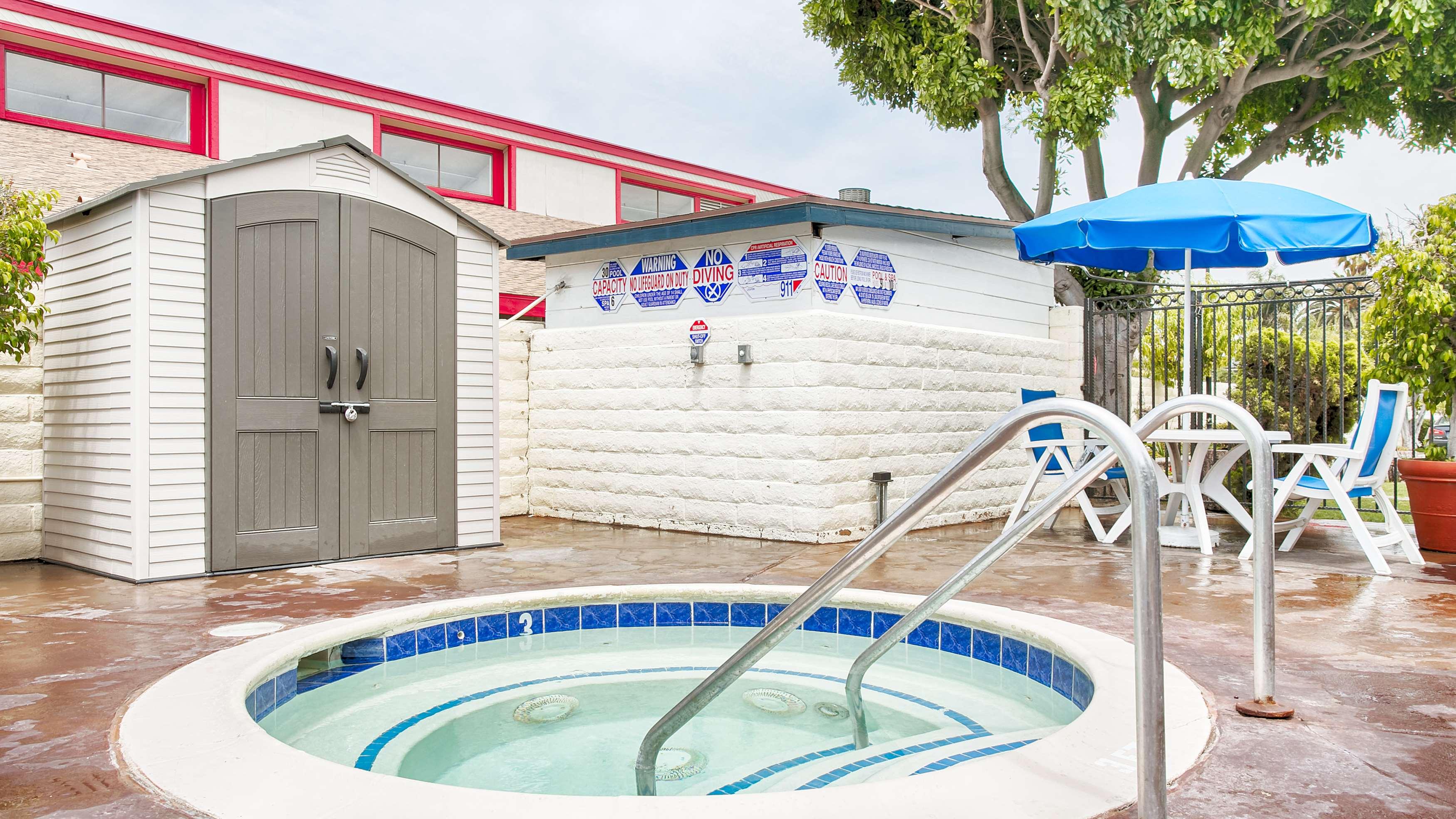 50 reviews of Huntington Surf Inn