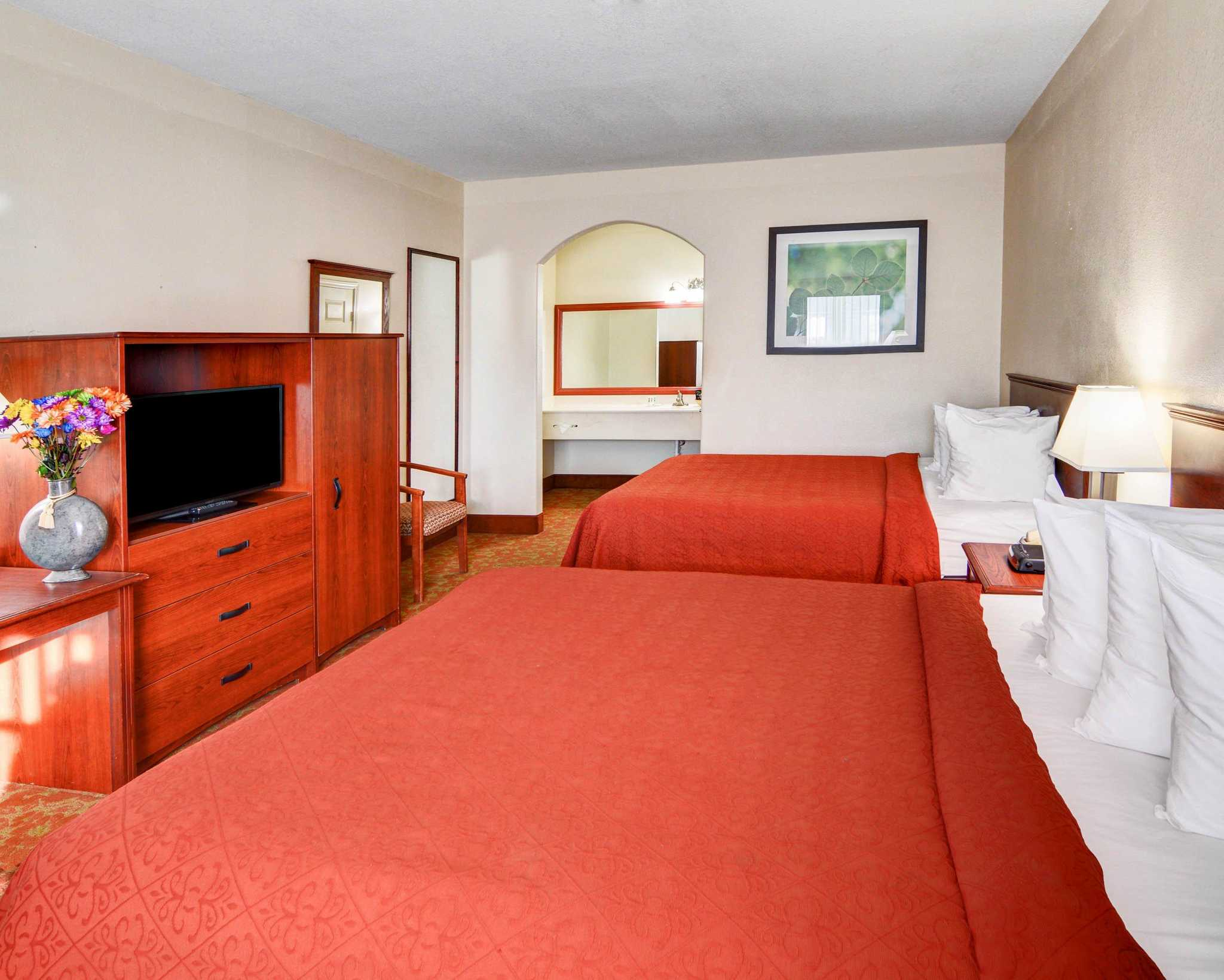 Hotel Rooms Near Canton Texas