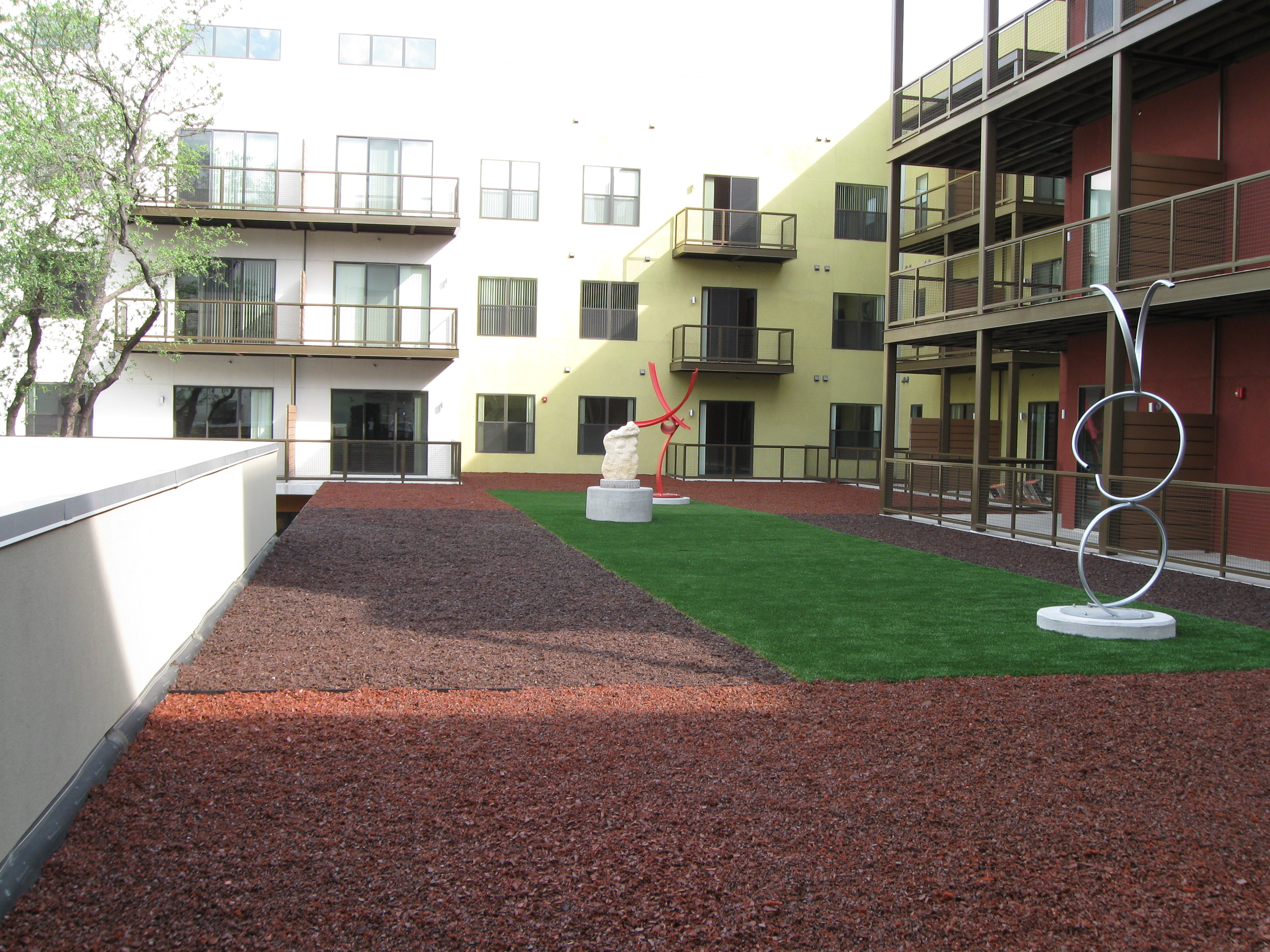 Lone star synthetic turf in dallas tx 75243 for Home turf texas landscape design llc
