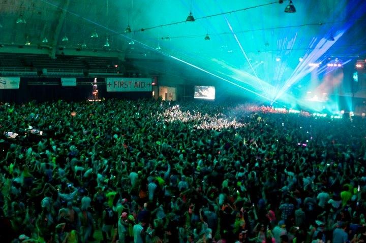 Avicii at DC Armory. 10,000 People
