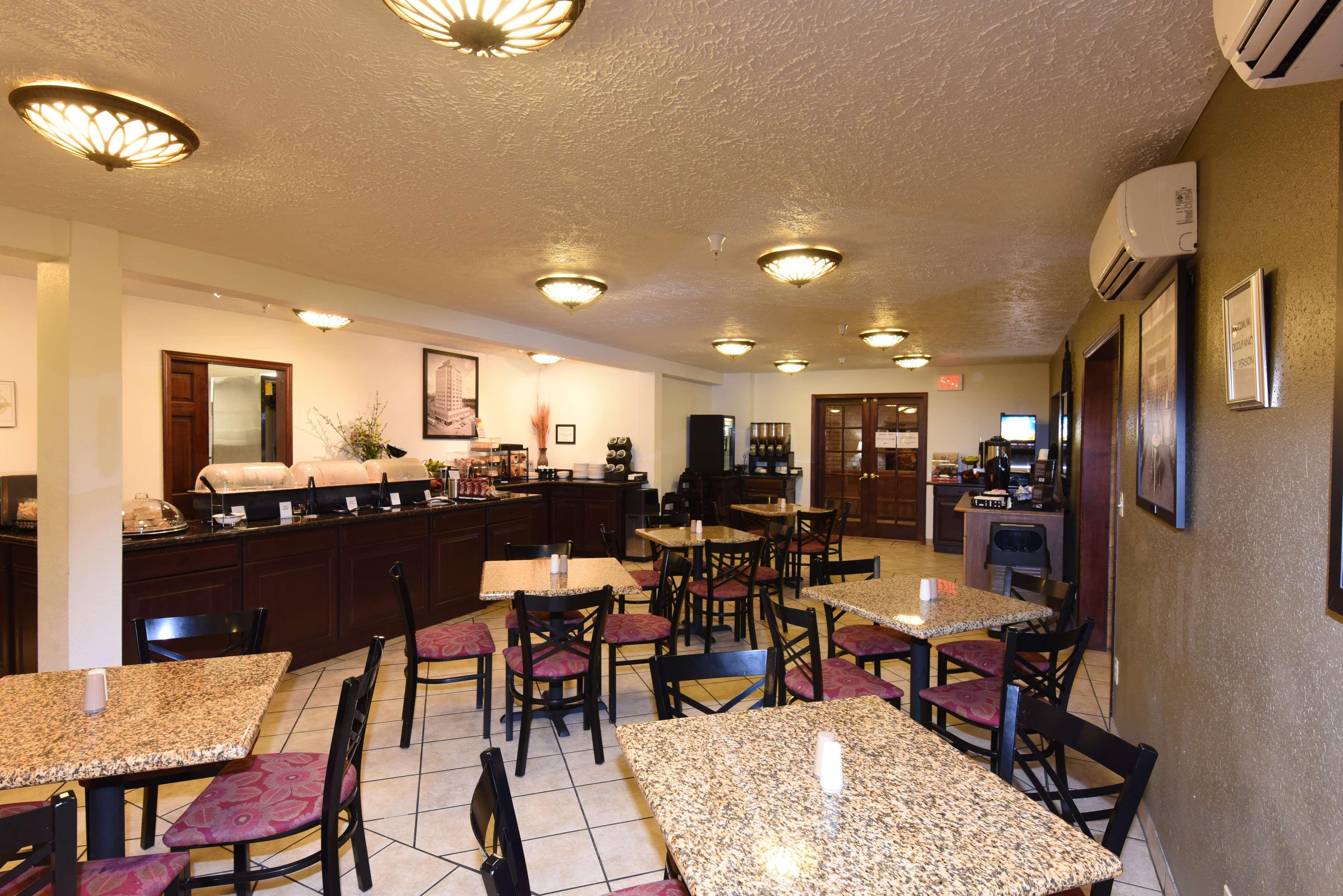 Best Western Plus Ahtanum Inn in Yakima, WA - Hotels ...