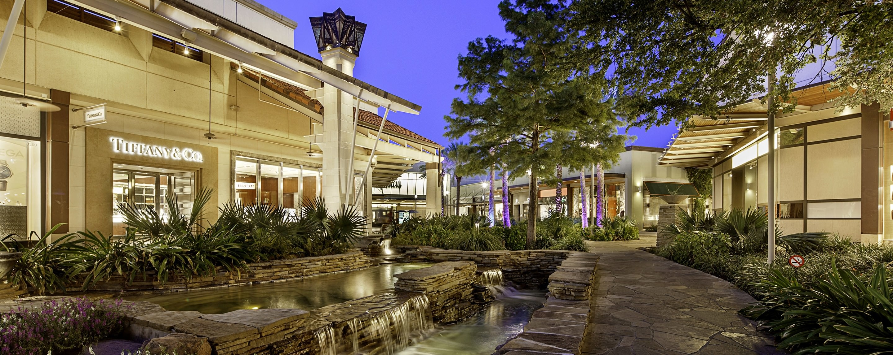 Visit The Shops at La Cantera in San Antonio, TX today! Find more info on the mall hours, address, parking, nearby hotels, and other services offered here.