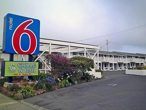 Motel 6 Fort Bragg CA image 0
