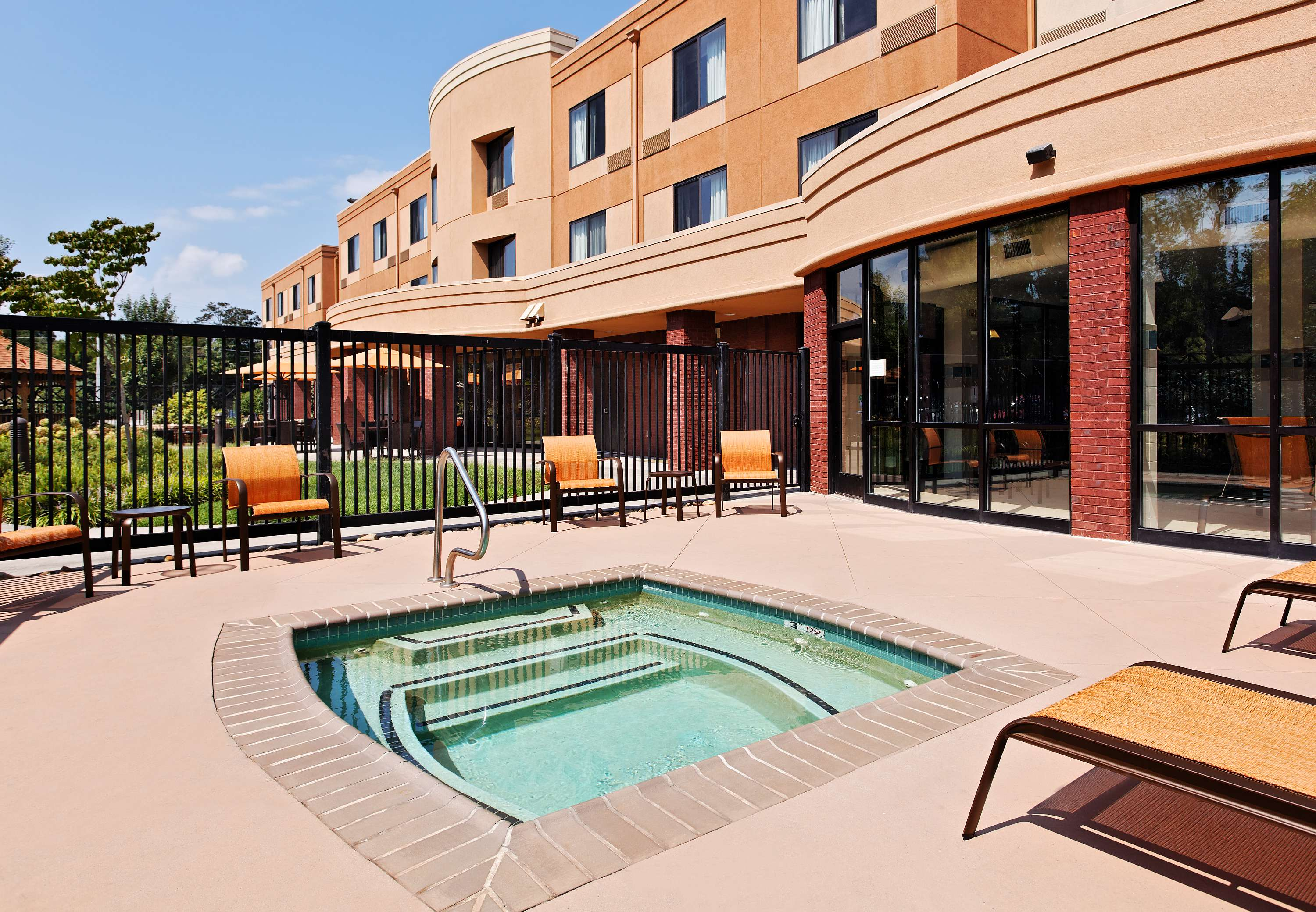 Courtyard By Marriott Knoxville Airport Alcoa Alcoa
