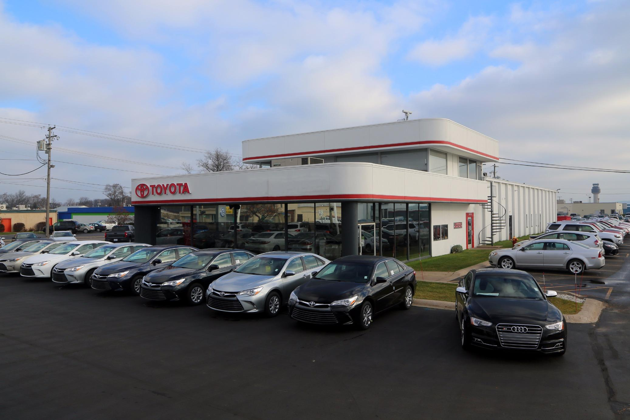 Bad Credit Car Dealers >> Audi of Traverse City in Traverse City, MI 49686 - ChamberofCommerce.com