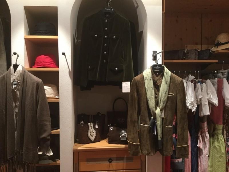 Abbigliamento Ghedina Zuccaro