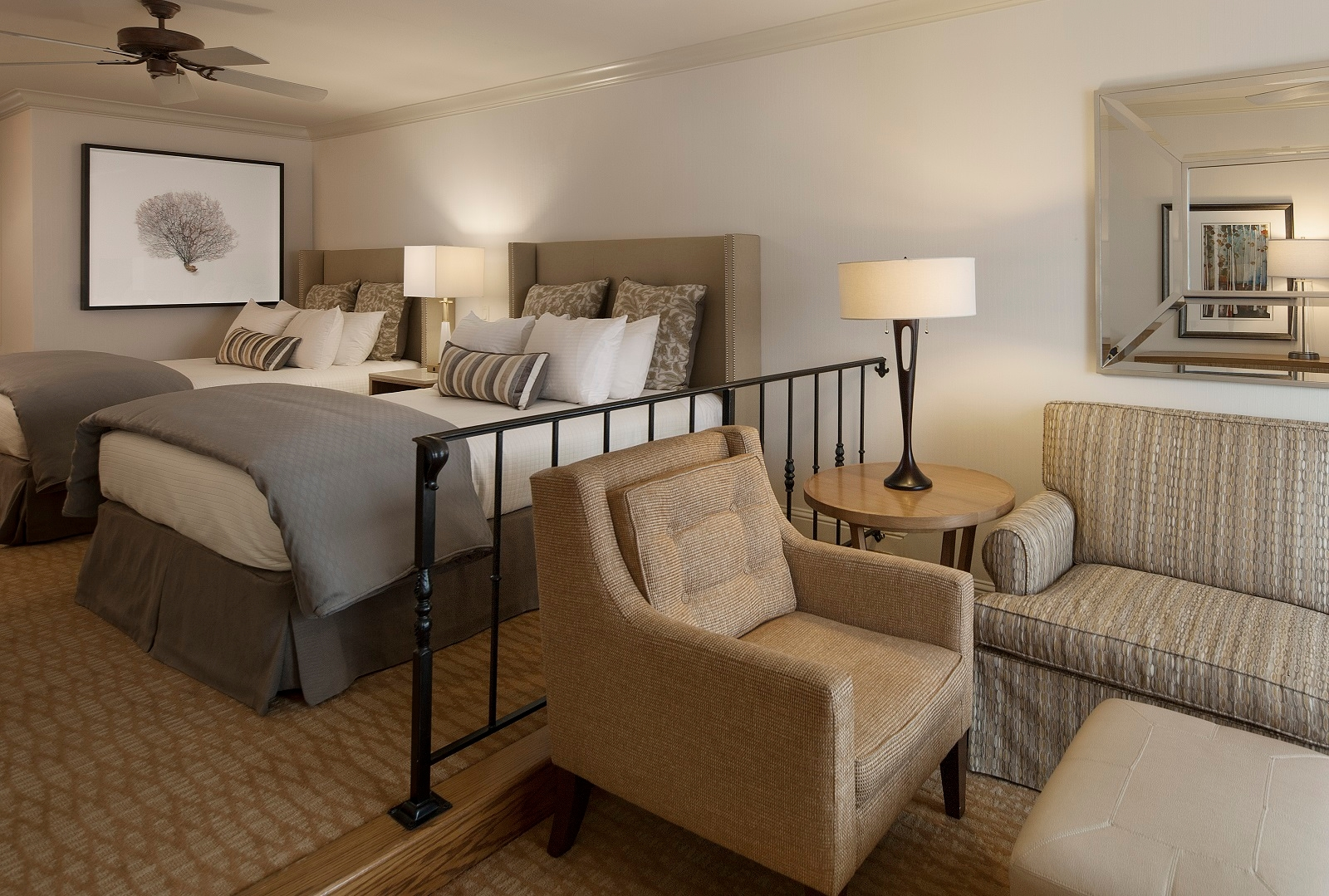 pelican inn suites in cambria ca 93428. Black Bedroom Furniture Sets. Home Design Ideas