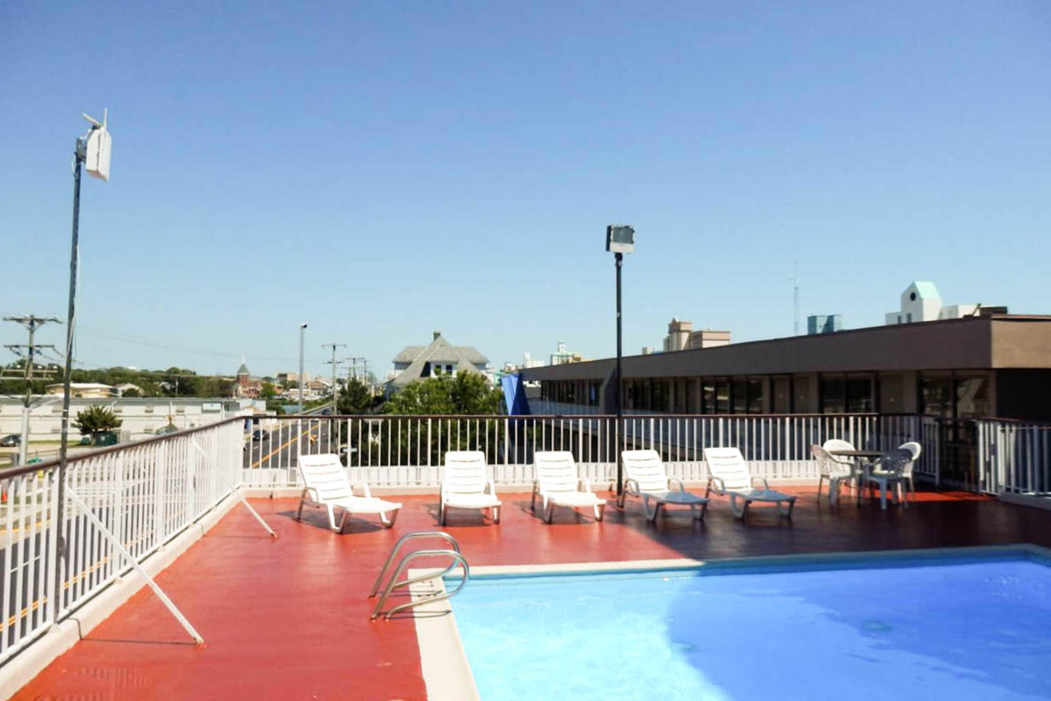 Rodeway inn by the beach coupons virginia beach va near me for Affordable pools virginia beach