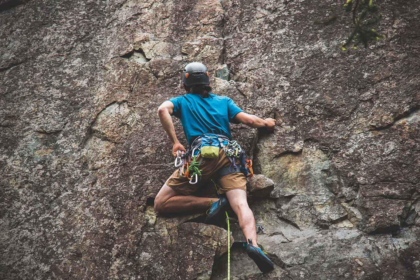 Introduction to Outdoor Lead Climbing at Rumney