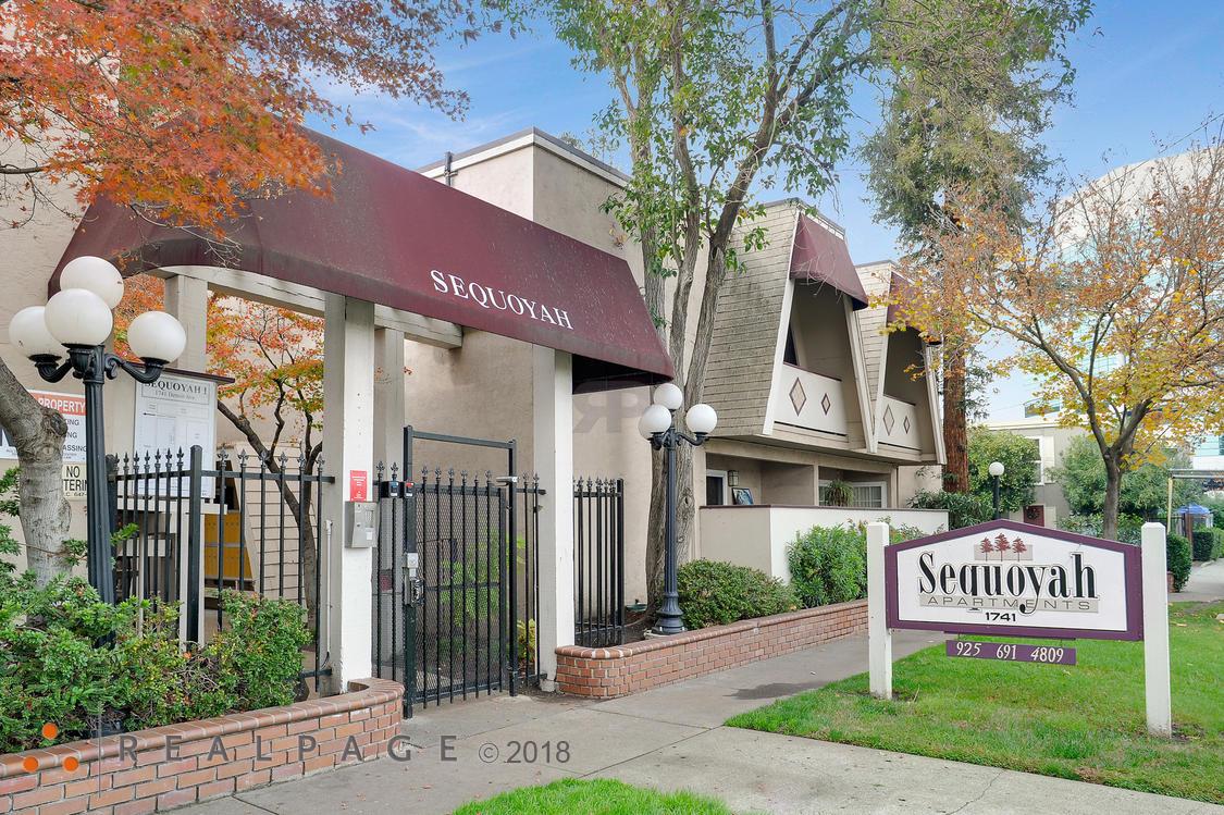Sequoyah Apartments - Concord, CA 94520 - (925)448-9184   ShowMeLocal.com