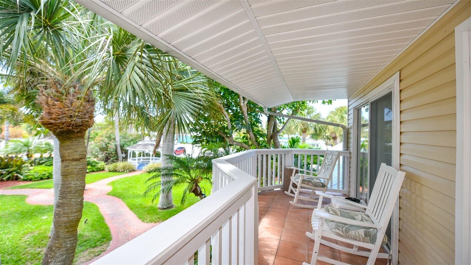 Tropical Breeze Resort And Spa Siesta Key Florida