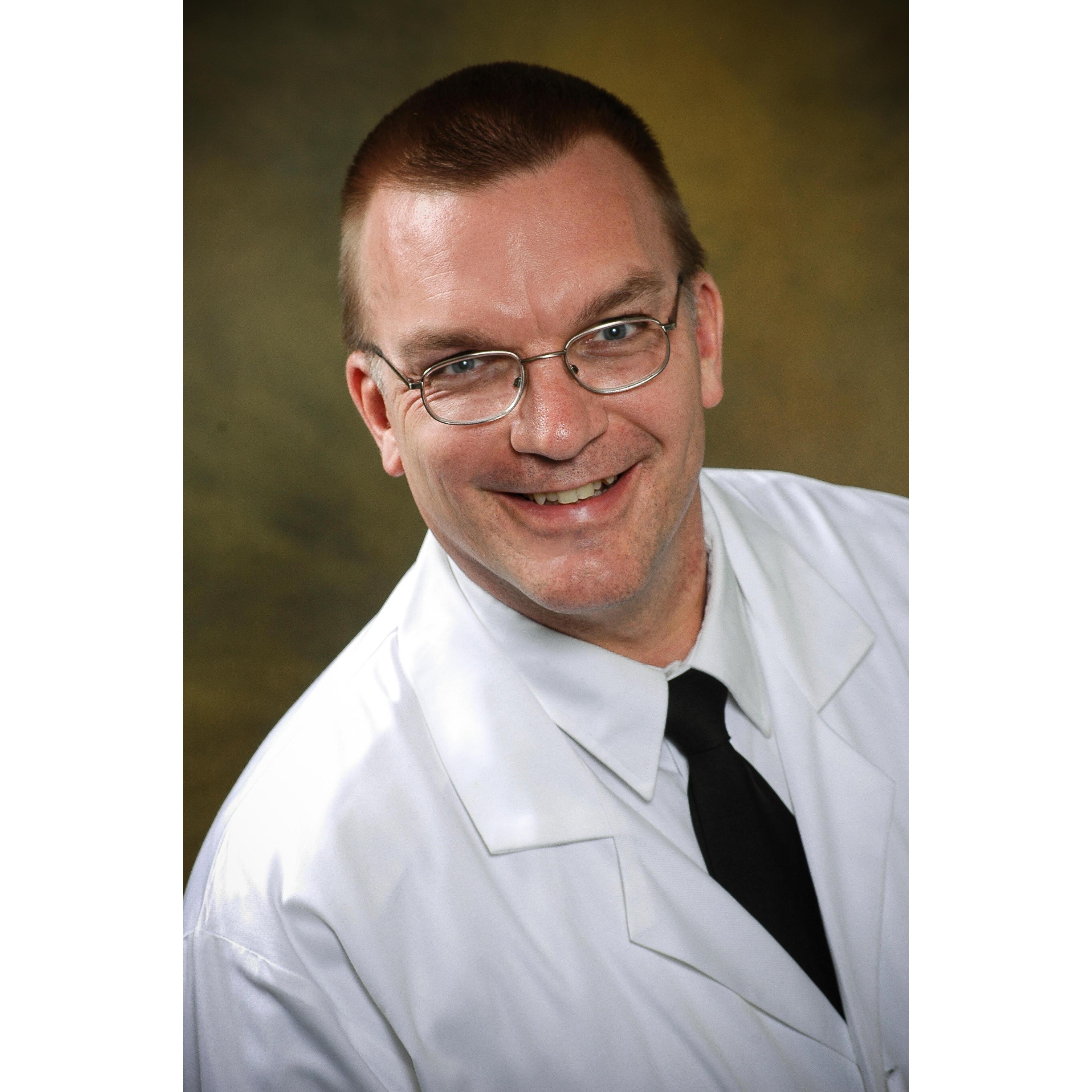 Steven Arnold, MD