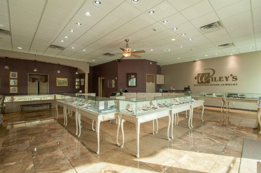 Wiley 39 s diamonds fine jewelry coupons near me in for Local jewelry stores near me
