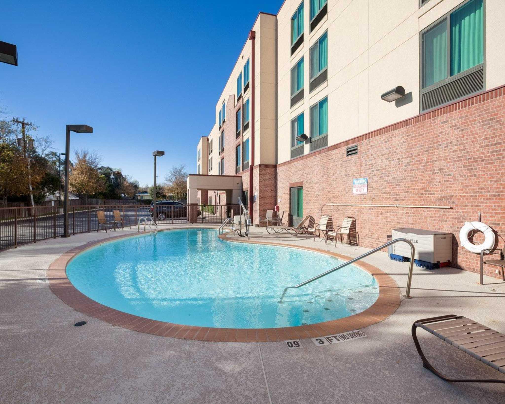 Motels Near Seaworld San Antonio Texas